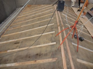 施工途中屋根